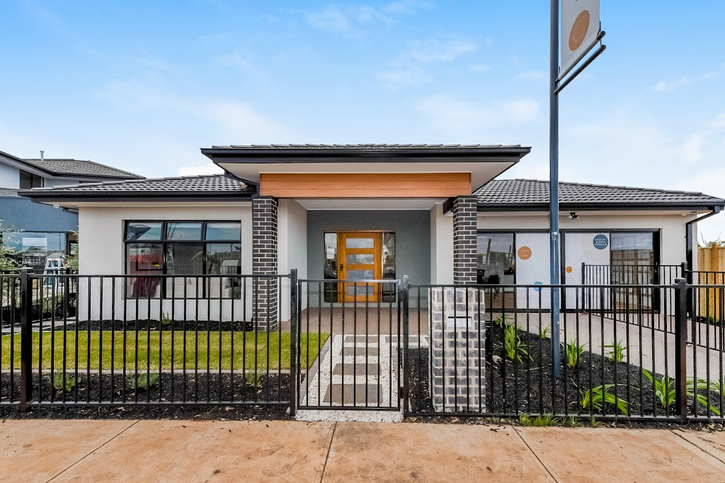 Achieve Homes | point of interest | 9 Stagecoach Way Aintree, Rockbank VIC 3336, Australia | 1300234432 OR +61 1300 234 432