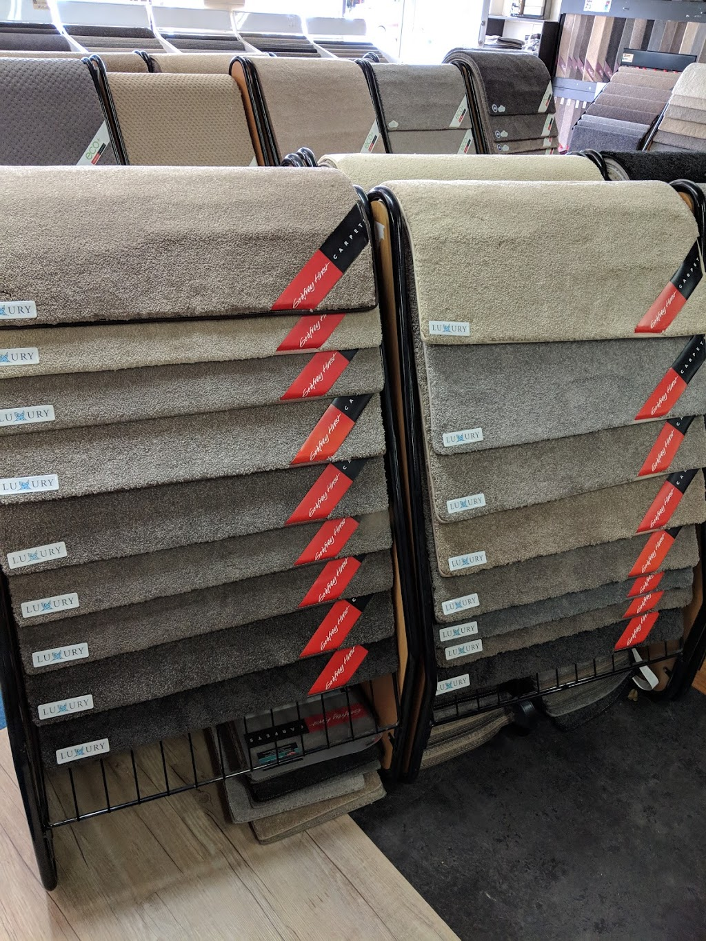 R&R Carpets | home goods store | 22 Scarba St, Coffs Harbour NSW 2450, Australia | 0266521415 OR +61 2 6652 1415