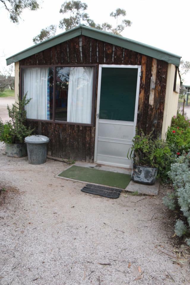 Beautiful Valley Caravan Park | lodging | 10 Acacia Rd, Wilmington SA 5485, Australia | 0886675197 OR +61 8 8667 5197