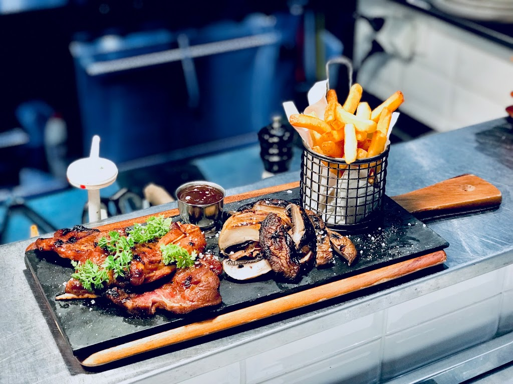 Glasshouse Dining   restaurant   10 Byfield St Macquarie Park, Sydney NSW 2113, Australia   0283850475 OR +61 2 8385 0475