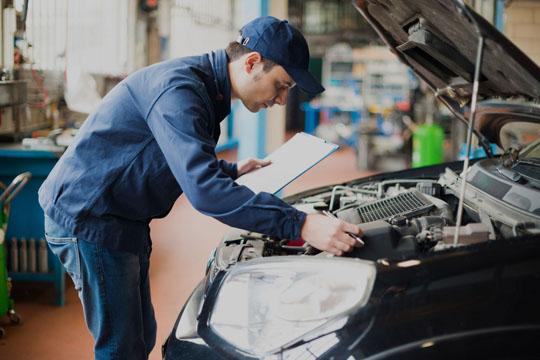 BTB Accident Repair Centre P/L | car repair | 1 Wood St, Long Gully VIC 3550, Australia | 0354431000 OR +61 3 5443 1000