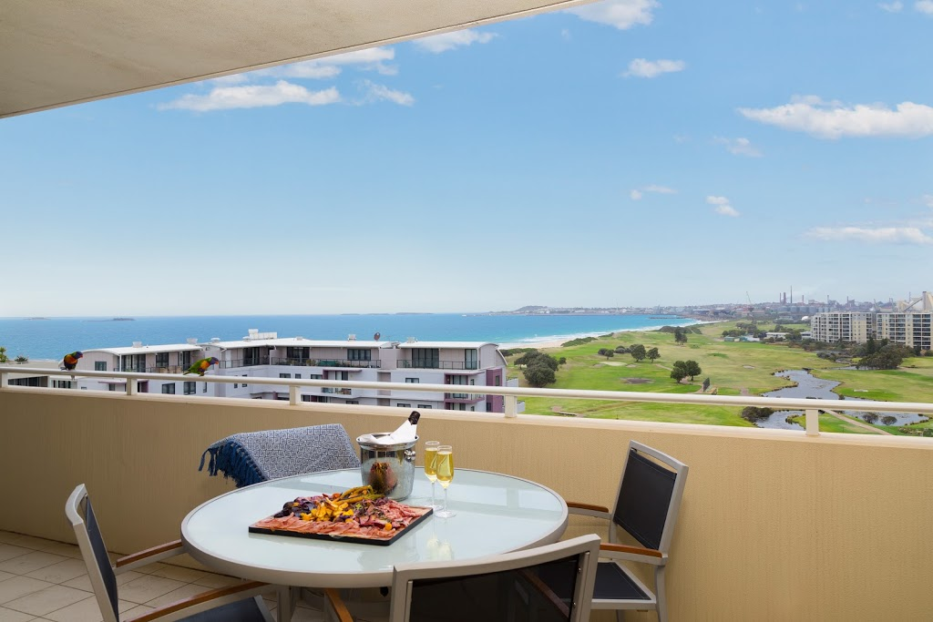 Sage Hotel Wollongong | lodging | 60/62 Harbour St, Wollongong NSW 2500, Australia | 0242012111 OR +61 2 4201 2111