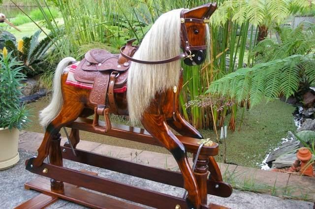 Round Yard Rocking Horses | store | 29 Dedekind Ave, Benaraby QLD 4680, Australia | 0408418864 OR +61 408 418 864