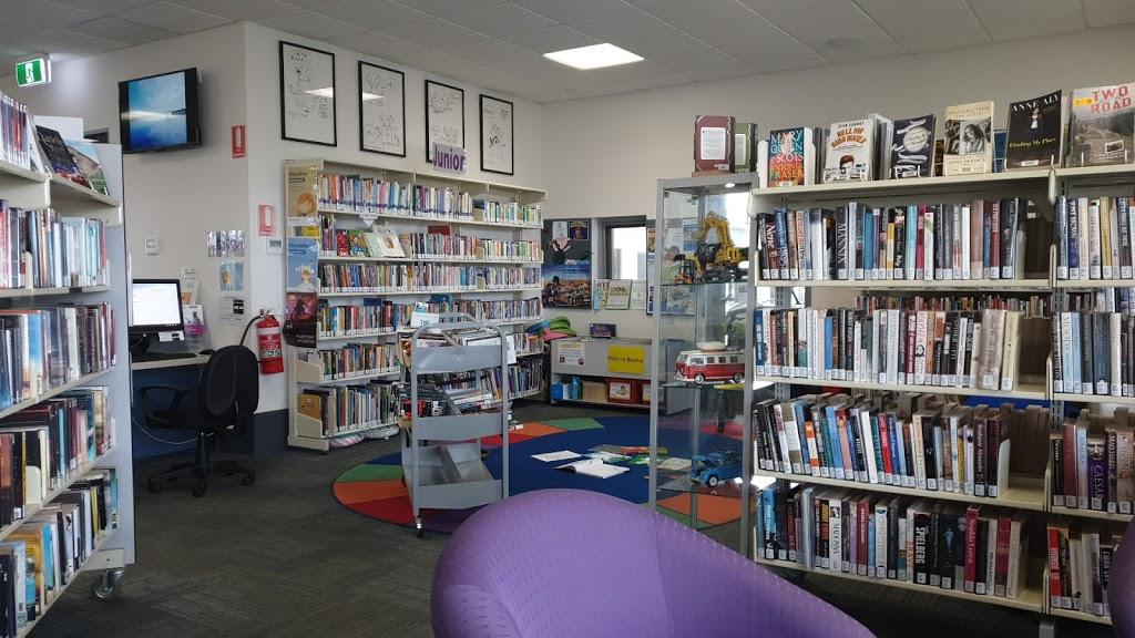 Paynesville Library | library | 55 Esplanade, Paynesville VIC 3880, Australia | 0351539500 OR +61 3 5153 9500