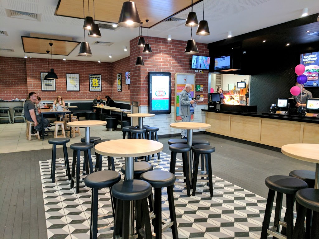 McDonalds Werrington | cafe | Cnr Great Western Hwy &, Reserve Rd, Werrington NSW 2760, Australia | 0298334310 OR +61 2 9833 4310