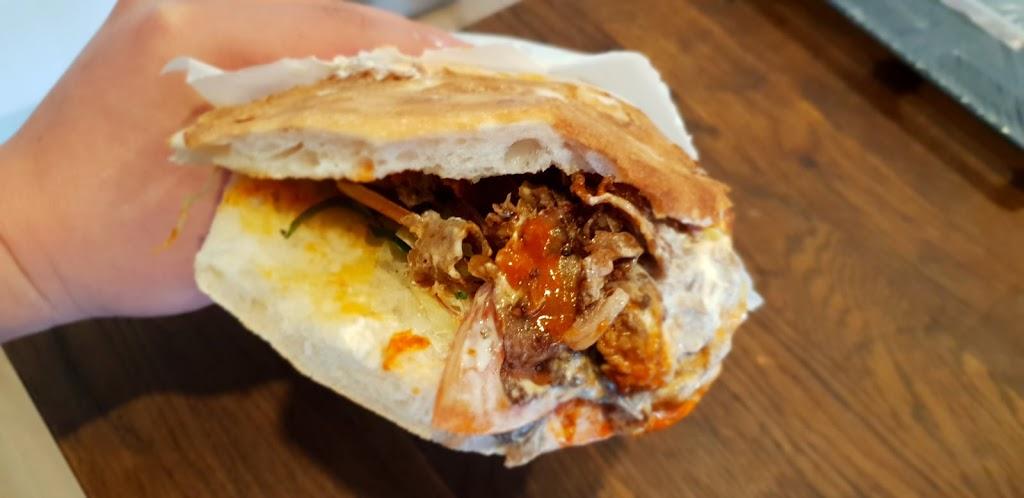 Buddys Kebabs | restaurant | Craigieburn Plaza, 1c/10 Craigieburn Rd, Craigieburn VIC 3064, Australia | 0393083499 OR +61 3 9308 3499