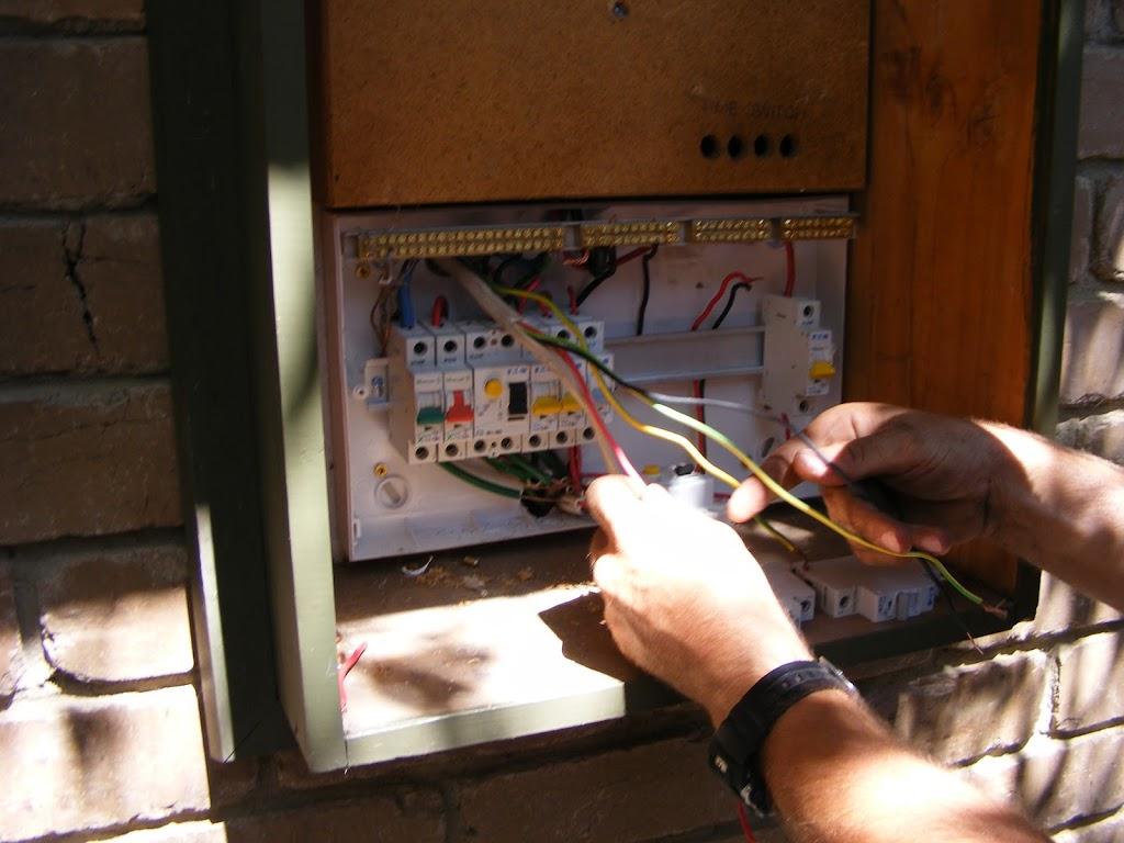local electrician in lower plenty