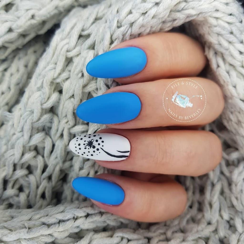 Beverley Grace, Nail Artist | beauty salon | 90 Spring St, Middle Ridge QLD 4350, Australia | 0457663899 OR +61 457 663 899