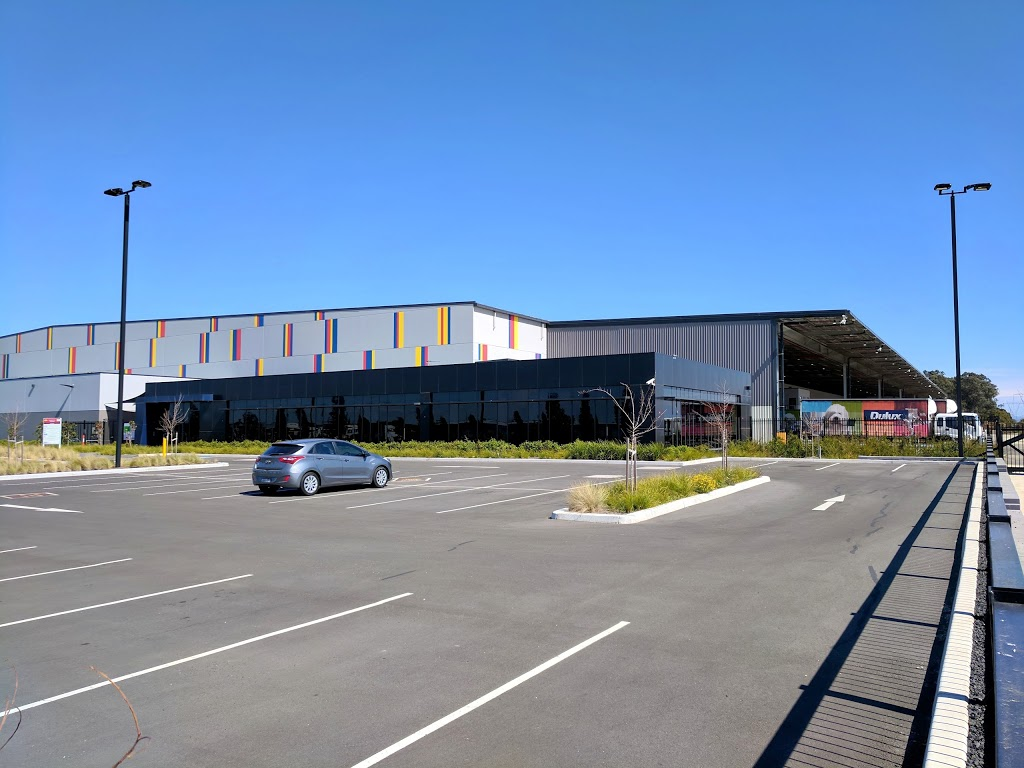 Linfox Dulux   storage   3 Harris Avenue, Marsden Park NSW 2765, Australia   0288697001 OR +61 2 8869 7001