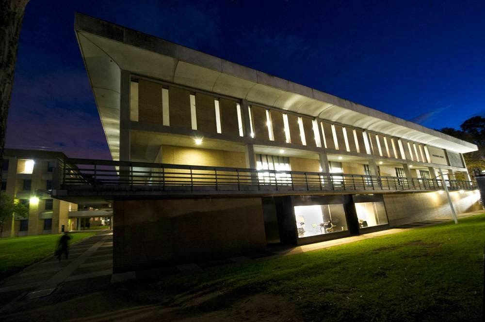 Borchardt Library | library | Bundoora VIC 3086, Australia | 0394792922 OR +61 3 9479 2922
