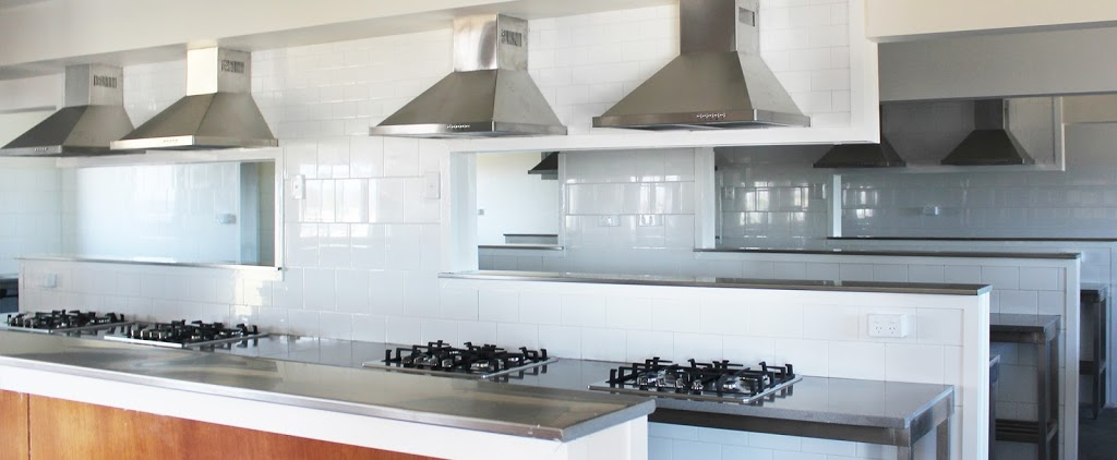 Grantham Farmworkers Lodge | lodging | 75 Philps Rd, Grantham QLD 4347, Australia | 0499445633 OR +61 499 445 633