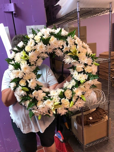 Bloomex Melbourne Flowers & Gift Hampers | florist | 6 Ely Ct, Keilor East VIC 3033, Australia | 0386521133 OR +61 3 8652 1133