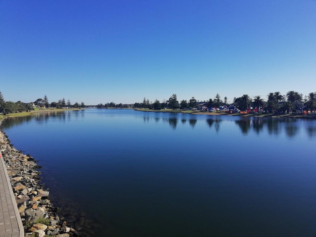 Tarniwarra Reserve   park   Glenelg North SA 5045, Australia