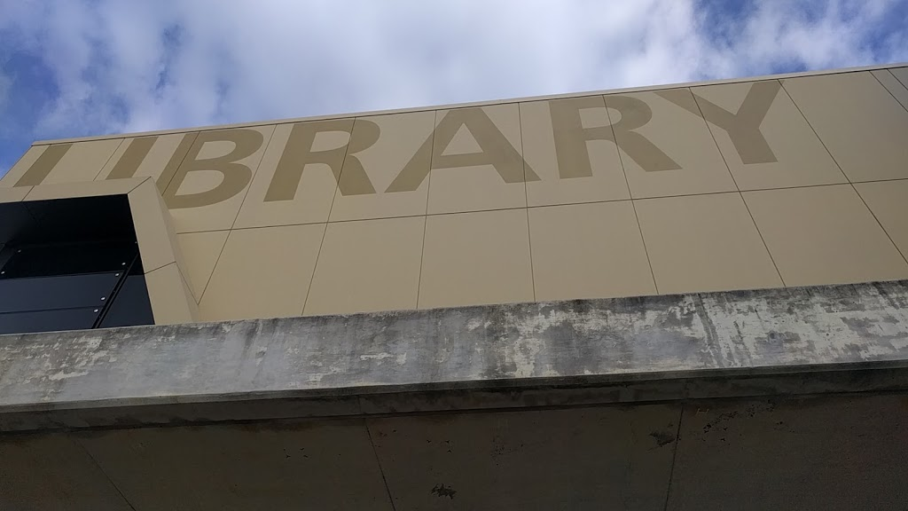 Helensvale Library & Cultural Centre | library | Lindfield Rd & Sir John Overall Dr, Helensvale QLD 4212, Australia | 0755811625 OR +61 7 5581 1625