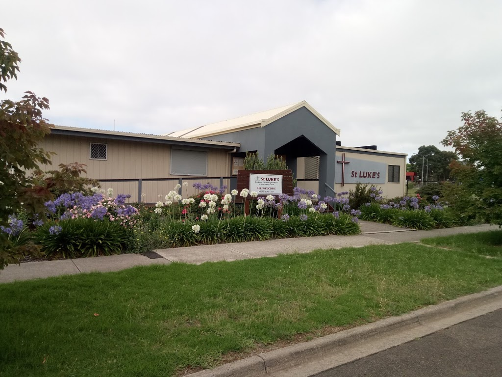 St Lukes Anglican Church   church   1-3 Eagle Terrace, Taylors Lakes VIC 3038, Australia   0393901892 OR +61 3 9390 1892