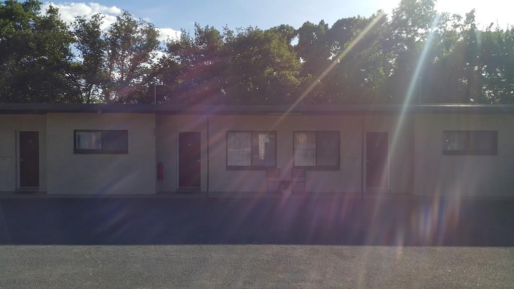 Castle Motel | lodging | 1 Duke St, Castlemaine VIC 3450, Australia | 0354722433 OR +61 3 5472 2433