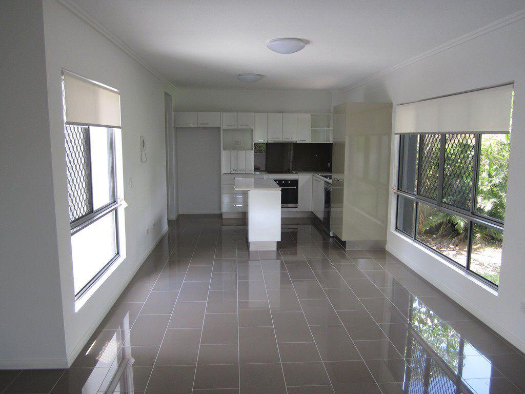 UniLodge   lodging   173 Macquarie St, St Lucia QLD 4067, Australia   0738705444 OR +61 7 3870 5444