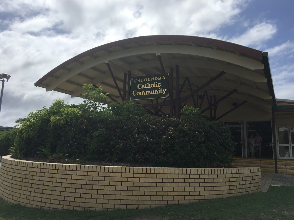 Our Lady of the Rosary Catholic Church | church | 61 Edmund St, Moffat Beach QLD 4551, Australia | 0754912011 OR +61 7 5491 2011