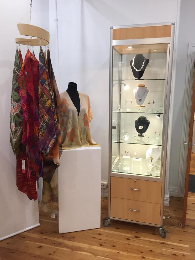 The Society of Arts and Crafts of New South Wales | art gallery | 12 Argyle Pl, Millers Point NSW 2000, Australia | 0292415825 OR +61 2 9241 5825
