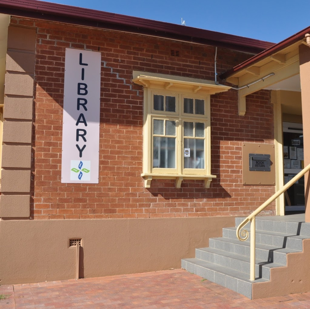 Gilgandra Shire Library | library | 1 Warren Rd, Gilgandra NSW 2827, Australia | 0268178877 OR +61 2 6817 8877