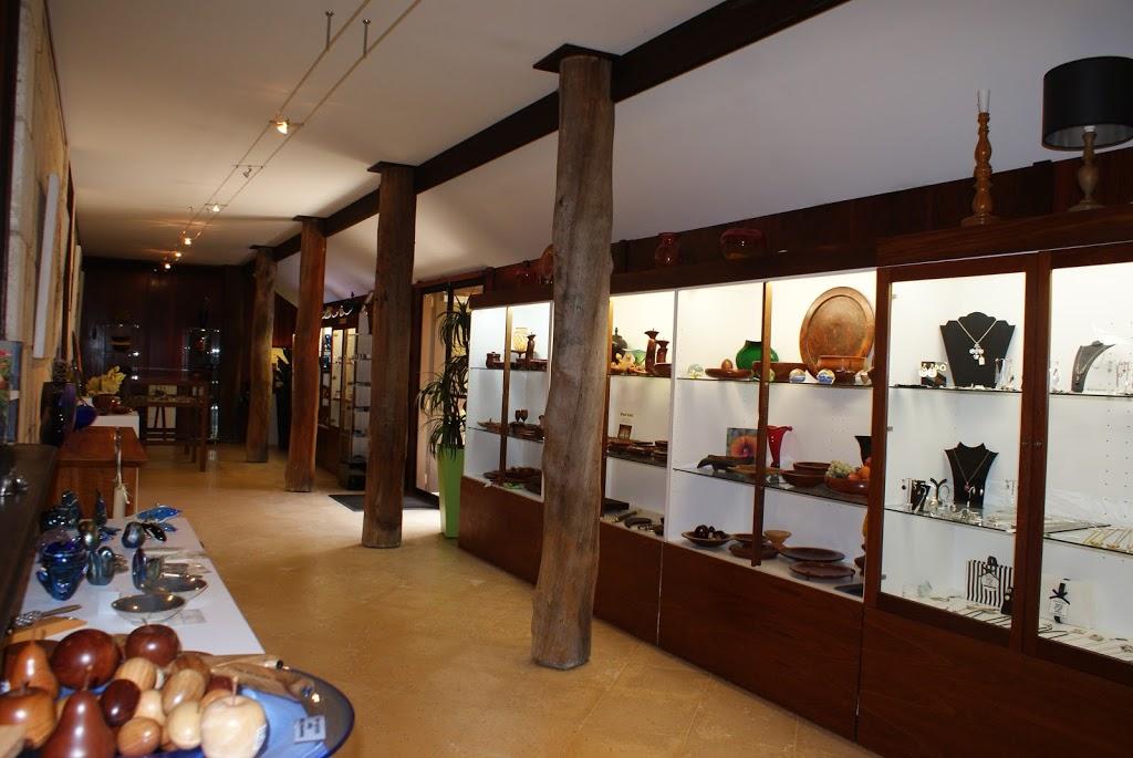 John Streater Fine Furniture | furniture store | 105 Blythe Rd, Yallingup Siding WA 6282, Australia | 0897551211 OR +61 8 9755 1211