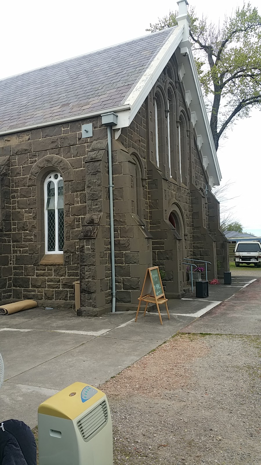 Carmel Walsh Presbyterian Church of Victoria | church | 263 Albert St, Sebastopol VIC 3356, Australia | 0353358252 OR +61 3 5335 8252