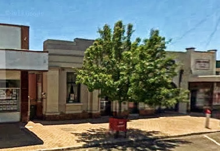 The Bank House | lodging | Behind Casterton News Office, 76 Henty St, Casterton VIC 3311, Australia | 0355811683 OR +61 3 5581 1683