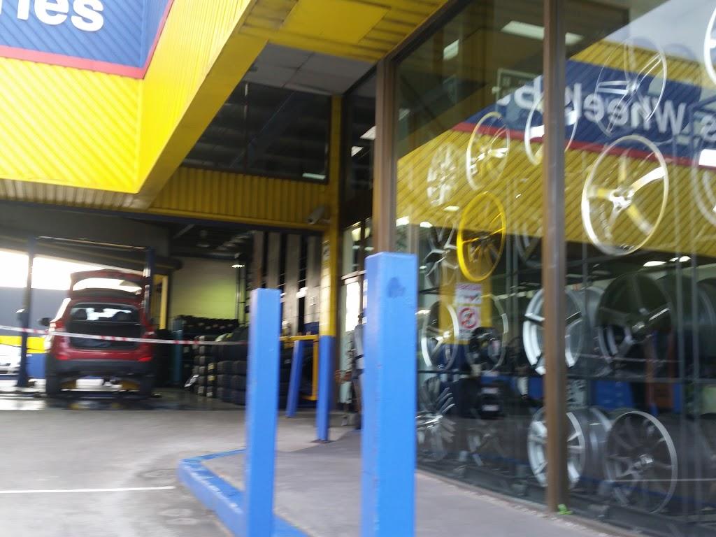 Bob Jane T-Marts | car repair | Cnr Corrimal &, Swan St, Wollongong NSW 2500, Australia | 0242283577 OR +61 2 4228 3577