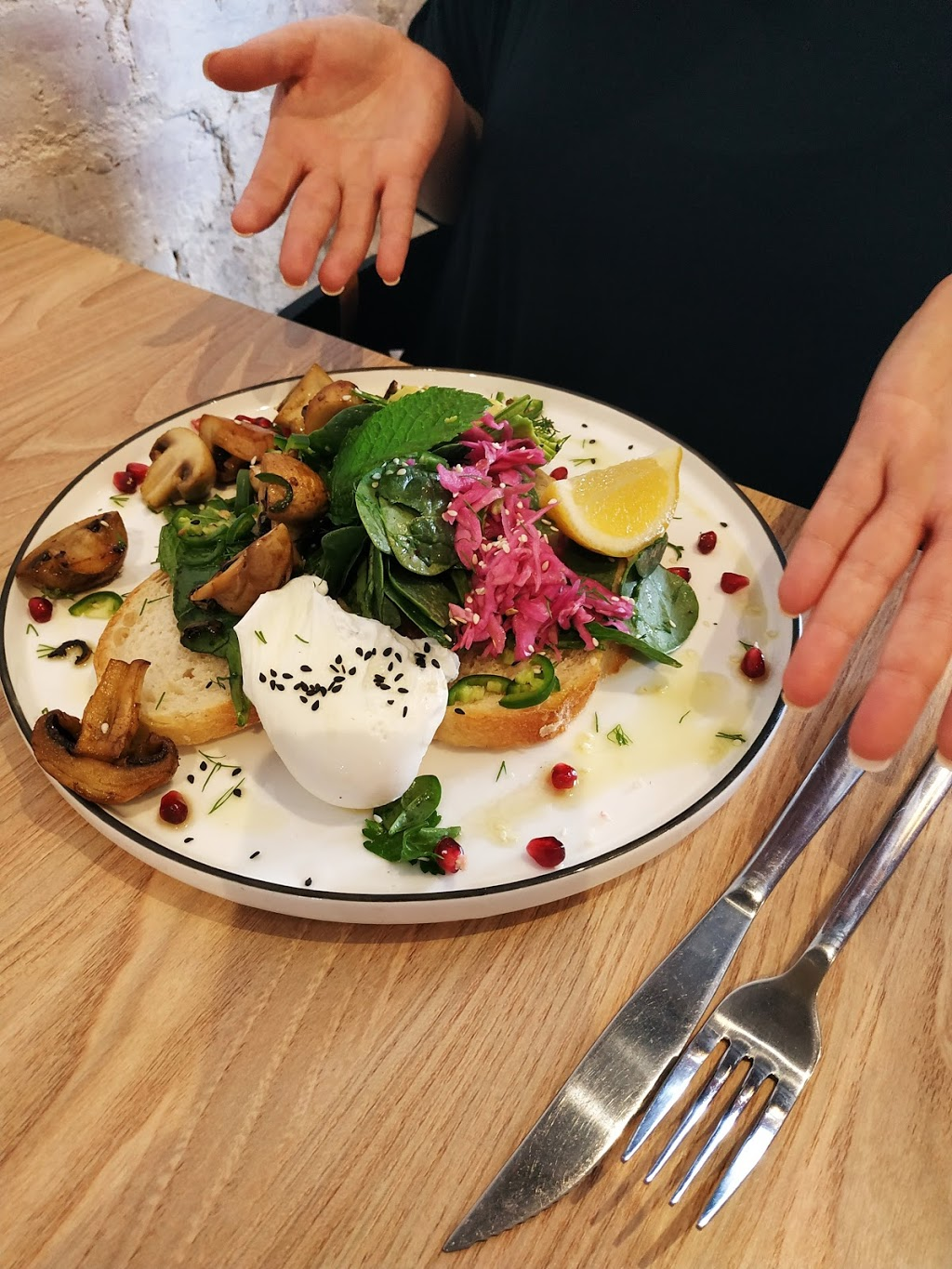 Cheeky By Nature | cafe | 555 High St, Northcote VIC 3071, Australia | 0394867773 OR +61 3 9486 7773