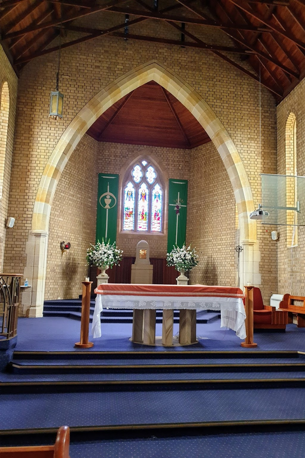 St Charles Borromeo Catholic Church | church | 2a Charles St, Ryde NSW 2112, Australia | 0298072966 OR +61 2 9807 2966
