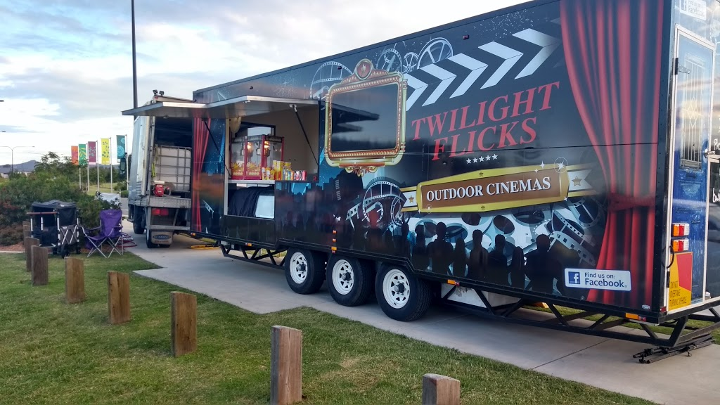 Twilight Flicks Outdoor Cinemas- Gold Coast | movie theater | 1/85 Government Rd, Labrador QLD 4215, Australia | 0413374625 OR +61 413 374 625