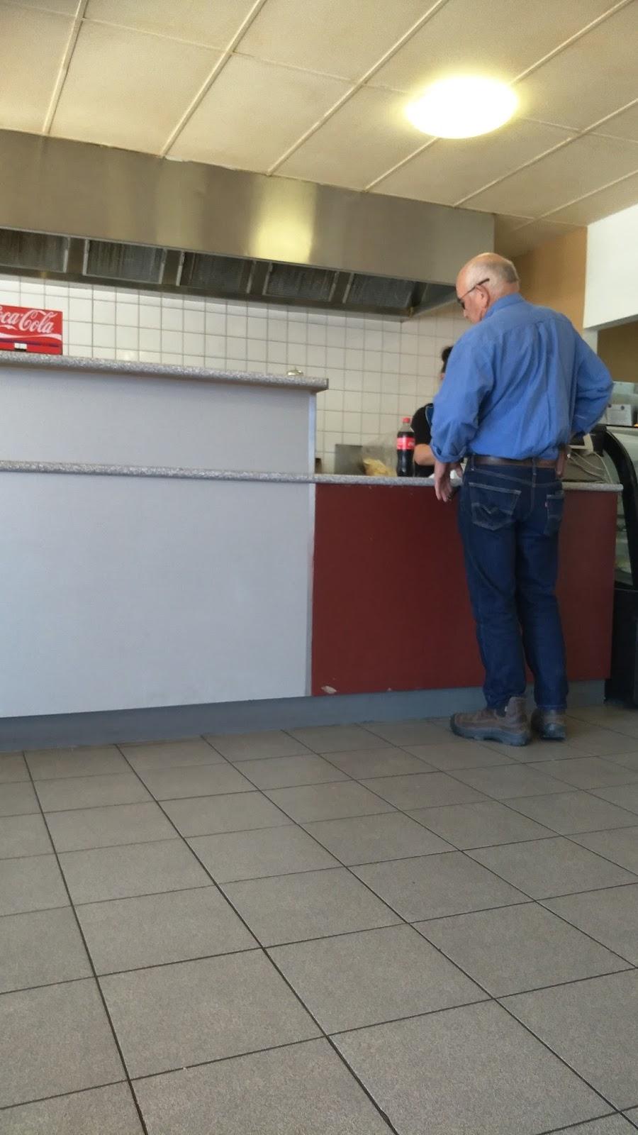 Macs Snacks on Kline   meal takeaway   2A Wesley Ct, Ballarat East VIC 3350, Australia   0353312430 OR +61 3 5331 2430