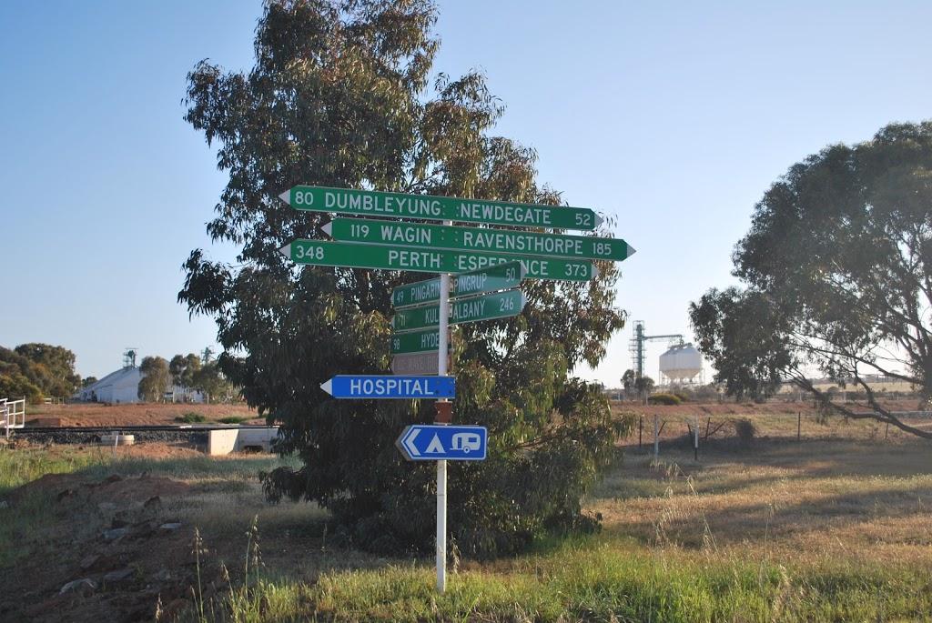 Lake King Agencies & Roadhouse | gas station | 102/6145 Newdegate-Ravensthorpe Rd, Lake King WA 6356, Australia | 0898744094 OR +61 8 9874 4094