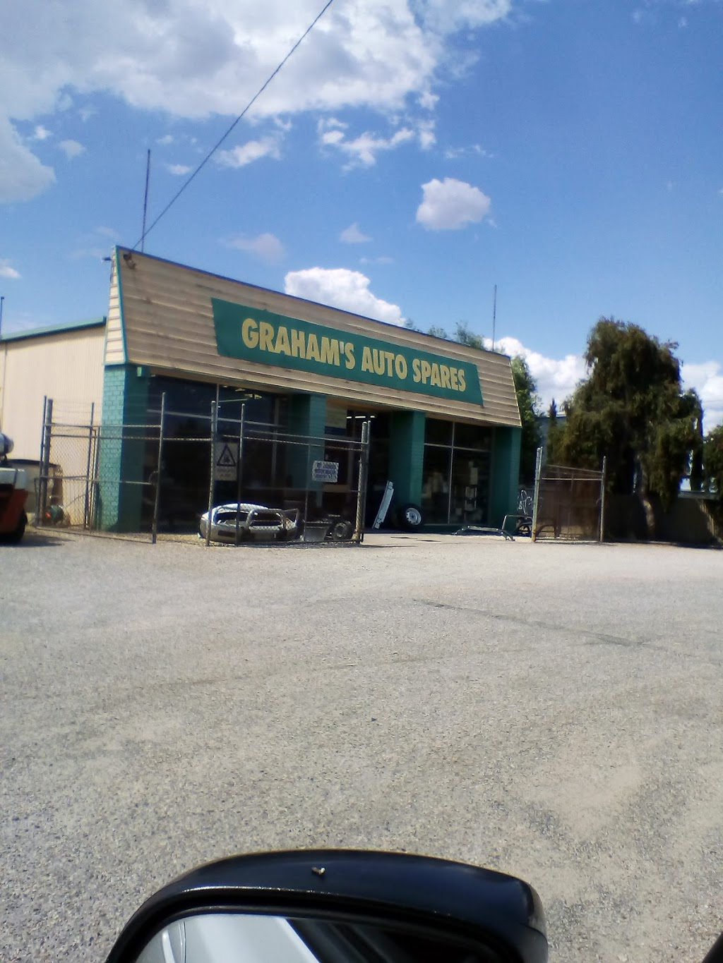 Grahams Auto Spares | car repair | 154 North St, North Albury NSW 2640, Australia | 0260216680 OR +61 2 6021 6680
