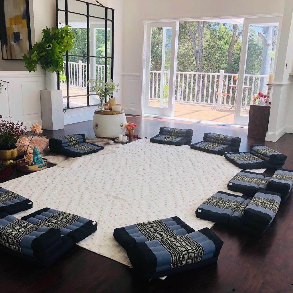 Healing Reiki Studio - Mind Coaching, Reiki, Group Meditation, W   health   265 Scenic Hwy, Terrigal NSW 2260, Australia   0401720041 OR +61 401 720 041
