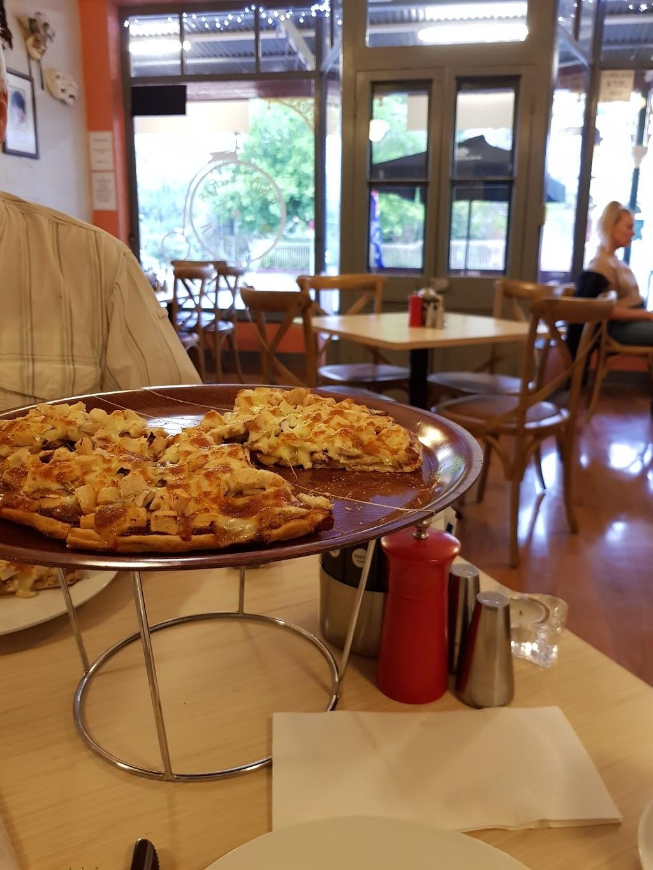 Dungog Pizza | restaurant | 254-260 Dowling St, Dungog NSW 2420, Australia | 0249922205 OR +61 2 4992 2205