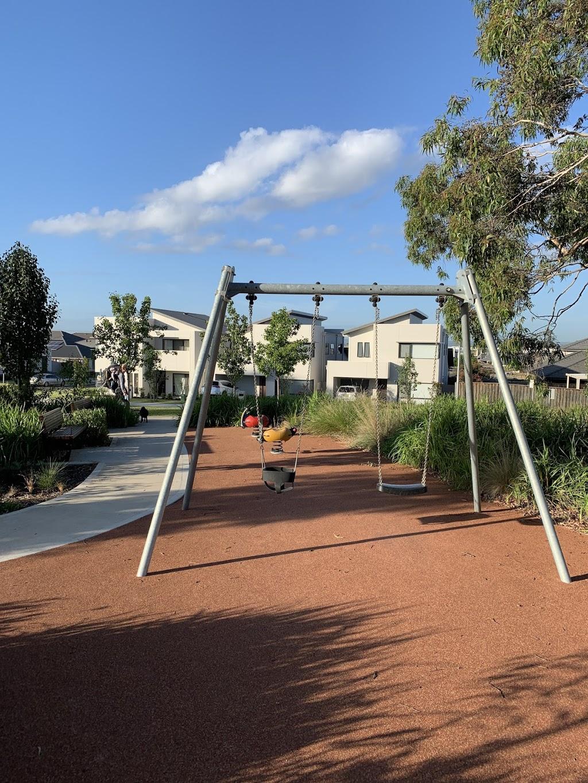 Tarrawarra Avenue Reserve | park | 26 Tarrawarra Ave, Gledswood Hills NSW 2557, Australia