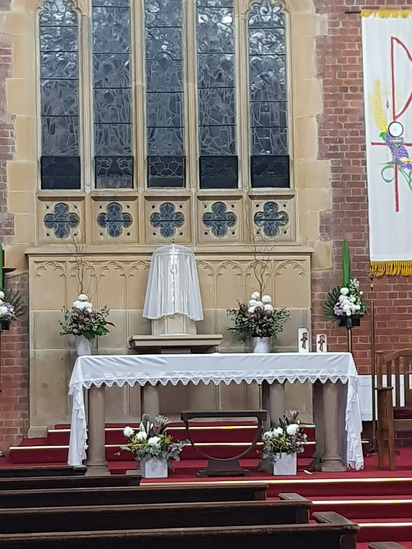Our Lady of The Rosary Parish Kensington | church | 4 Roma Ave, Kensington NSW 2033, Australia | 0426042624 OR +61 426 042 624