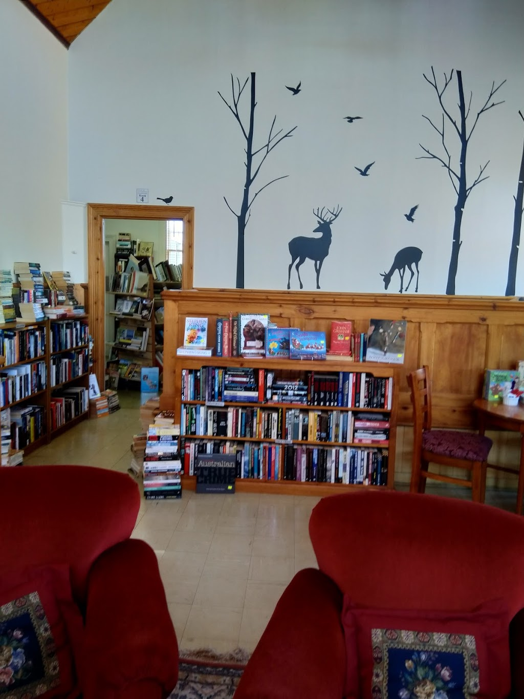 The Overflow Bookstore | cafe | Old Courthouse, 103 High St, Campbell Town TAS 7210, Australia | 0363811545 OR +61 3 6381 1545