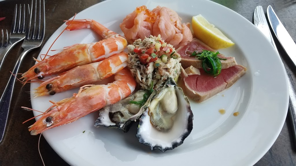 Steamers Bar and Grill | restaurant | 1 Marine Dr, Wollongong NSW 2500, Australia | 0242296895 OR +61 2 4229 6895