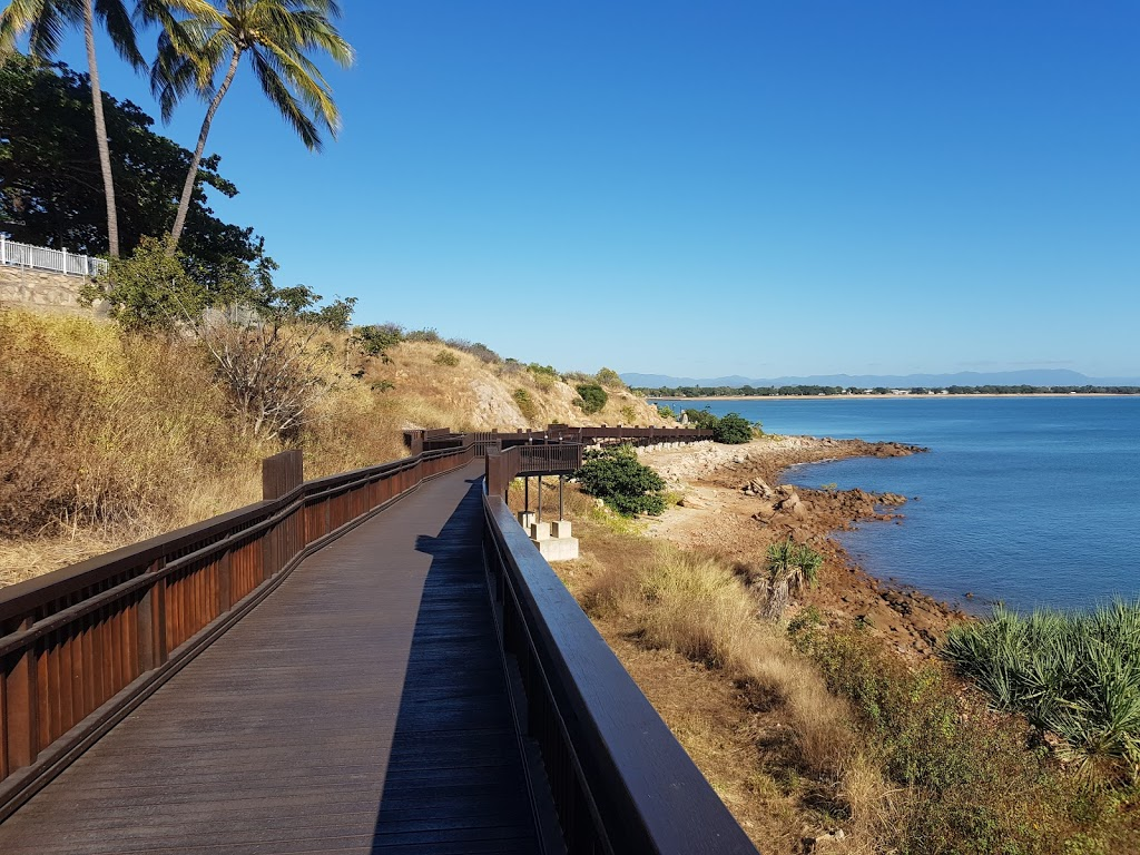 kissing Point Board Walk | park | Cook St, North Ward QLD 4810, Australia