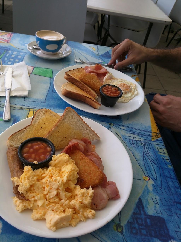 CAFE 4 U   cafe   7/300 Marine Parade, Southport QLD 4215, Australia   0755283828 OR +61 7 5528 3828