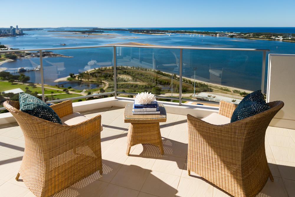 The Henley on Broadwater | lodging | 70 Marine Parade, Southport QLD 4215, Australia | 0755912111 OR +61 7 5591 2111
