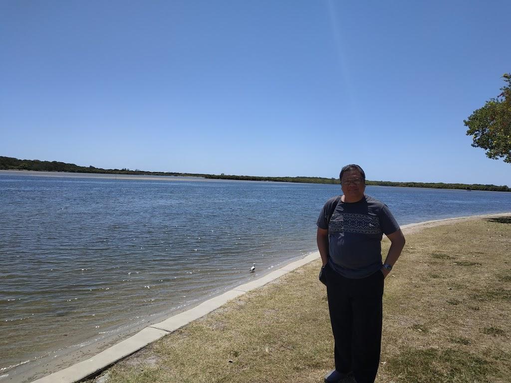 10 Picnic Point Esplanade Parking | parking | 10 Picnic Point Esplanade, Maroochydore QLD 4558, Australia
