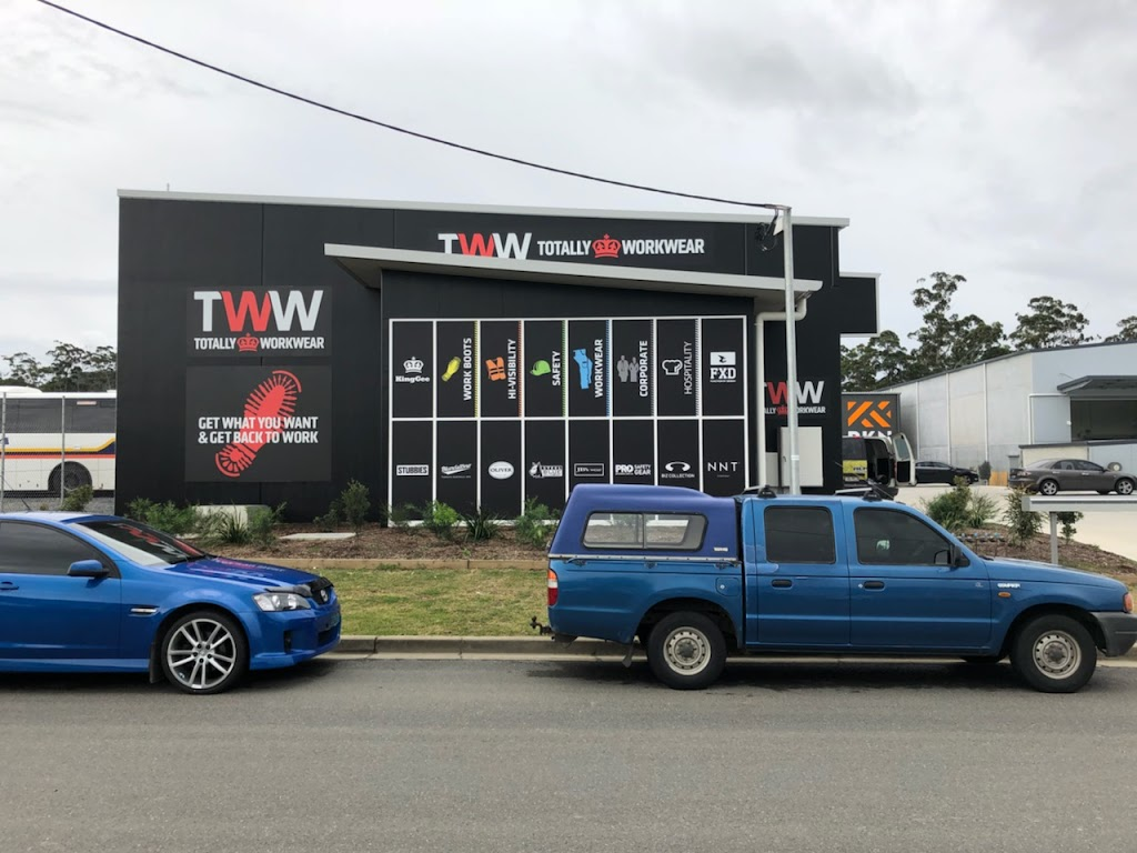 Totally Workwear Coffs Harbour | clothing store | 1/36 Industrial Dr, Coffs Harbour NSW 2450, Australia | 1300851635 OR +61 1300 851 635