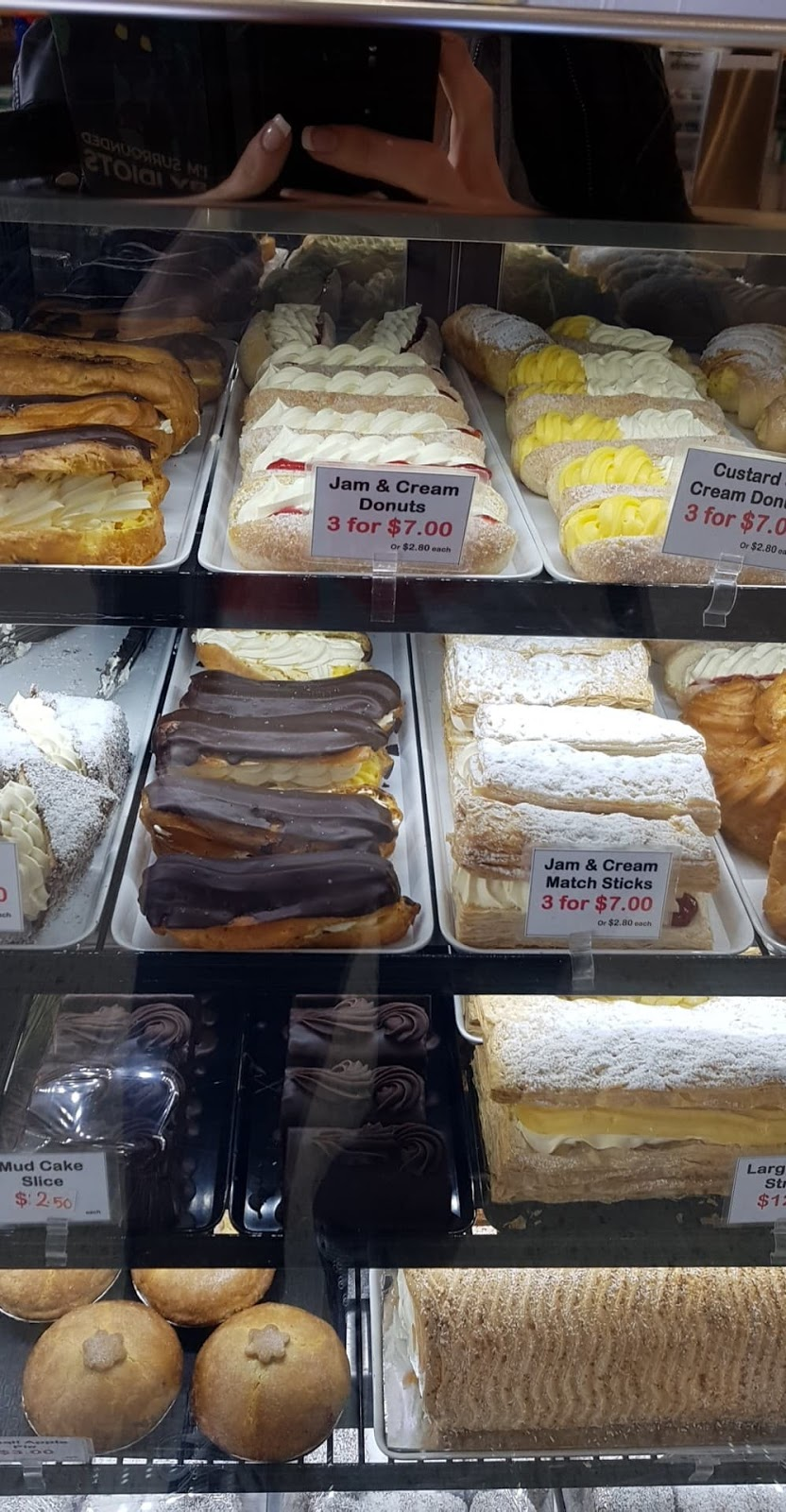 Krusty Kob Bakery | bakery | Cnr Millhouse Rd &, Egerton Dr, Aveley WA 6069, Australia | 0403300411 OR +61 403 300 411