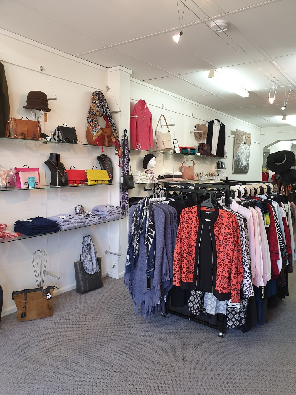 The Loft Fashion House | jewelry store | 70 Wynyard St, Tumut NSW 2720, Australia | 0269471526 OR +61 2 6947 1526