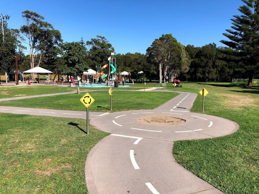 Stuart Park | park | George Hanley Dr, North Wollongong NSW 2500, Australia | 0242277111 OR +61 2 4227 7111