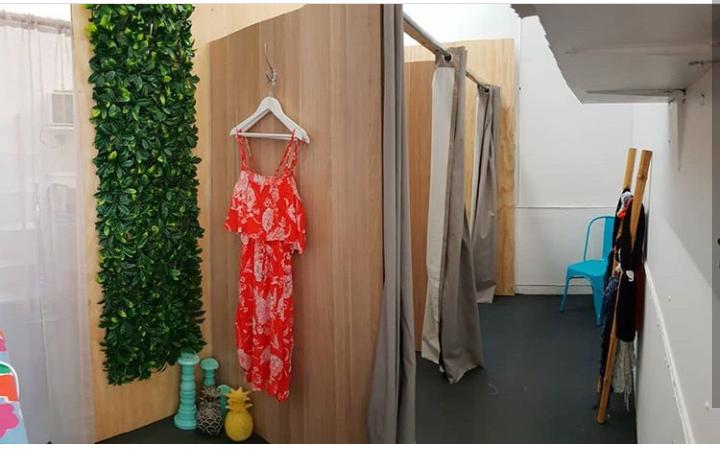 Fees Chic Shack | clothing store | 61 Dora St, Morisset NSW 2264, Australia