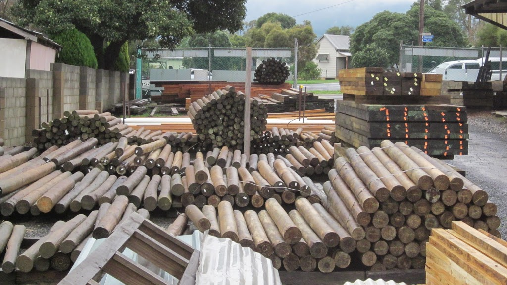 Isan Timber & Hardware PTY LTD | hardware store | 2790 Warburton Highway Old Warburton Rd, Wesburn VIC 3799, Australia | 0359671237 OR +61 3 5967 1237
